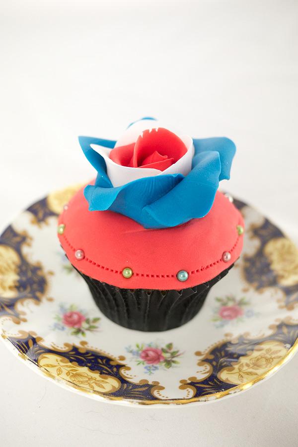jubilee-cupcake-full-600