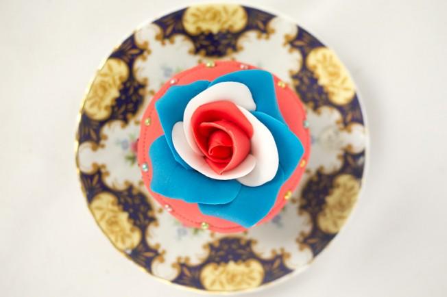 jubilee-cupcake-top800