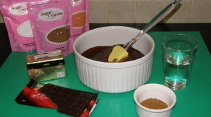 8-Ingredients-for-chocolate-part-of-the-cake-batter1-305x170