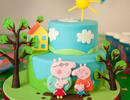 Cartoon Pig Cake