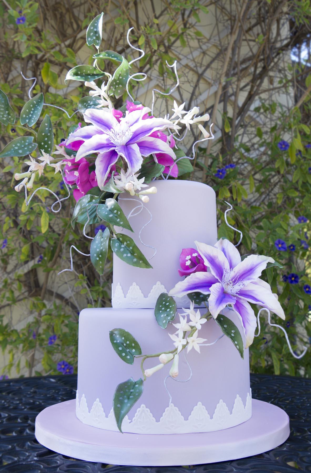Clematis Wedding Cake 'Nancy' - CakeFlix