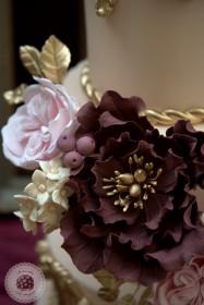 baroque-love-wedding-cake-Mericakes-20-187x280