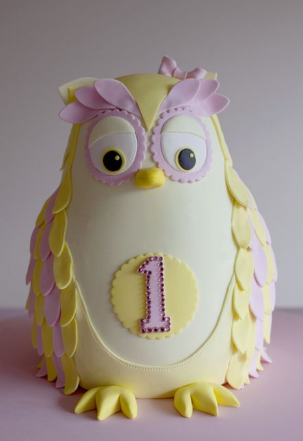 Phenomenal Cake Trend Owl Cakes Cakeflix Funny Birthday Cards Online Amentibdeldamsfinfo