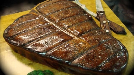 food inspired cakes - steak