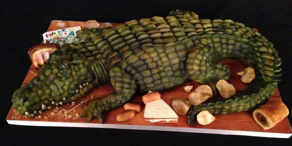 старшую торт крокодил картинки деревня расположена над
