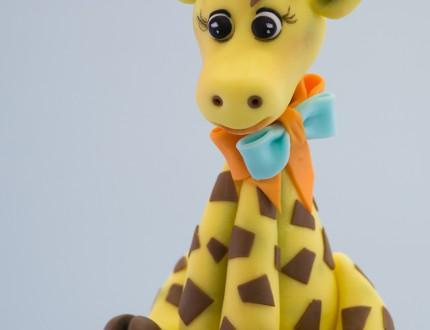 Close up of giraffe on cake