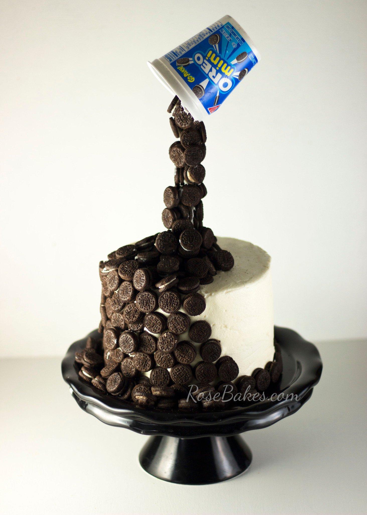 Spilling-Mini-Oreos-Cake