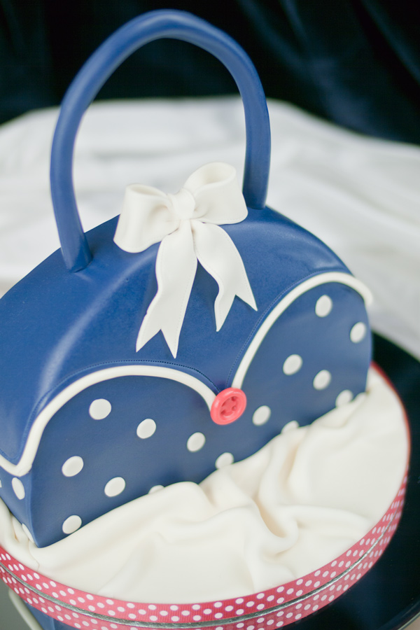 polka-dots-handbag