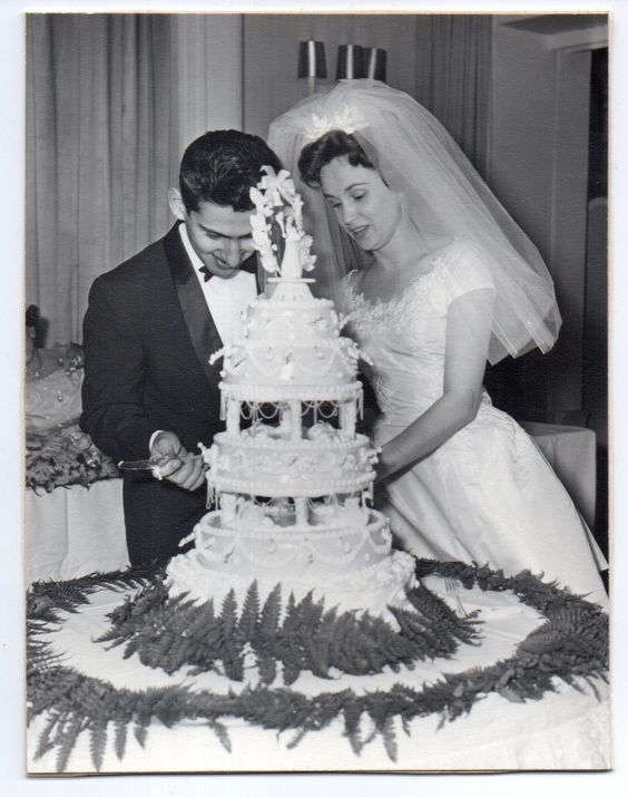 A Brief History Of Wedding Cakes Cakeflix