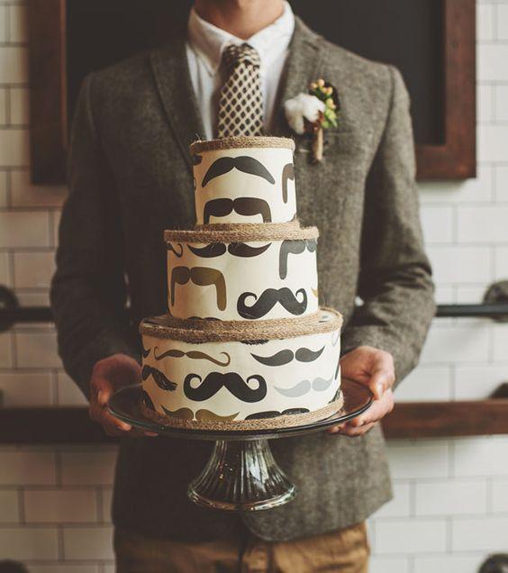 moustache-cake
