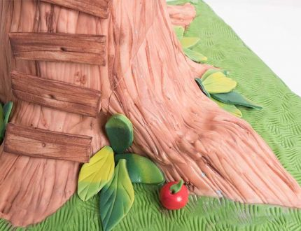 Learn how to make a treehouse cake