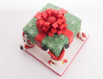 santa christmas cake tutorial - traditional christmas cake with a twist