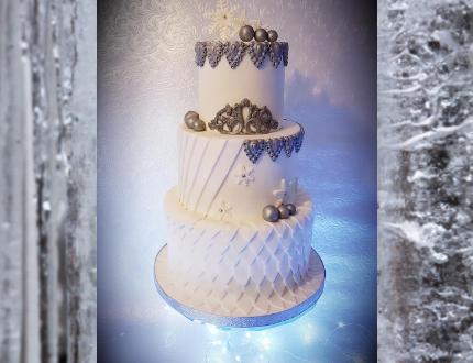 christas cake -cake of the month