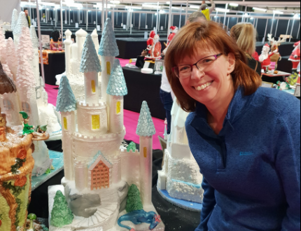 castle cake - cake international - amanda roberts