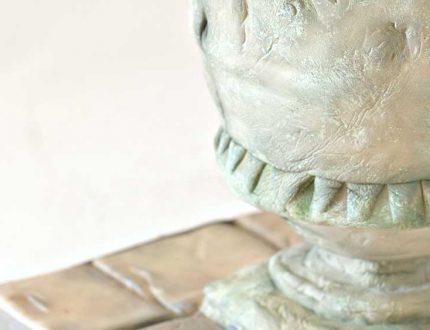 antique urn cake course