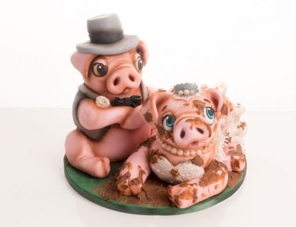 wedding pig cake tutorial with Molly Robbins