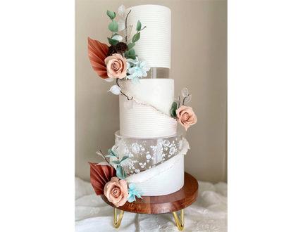 Contemporary rustics wedding cake full