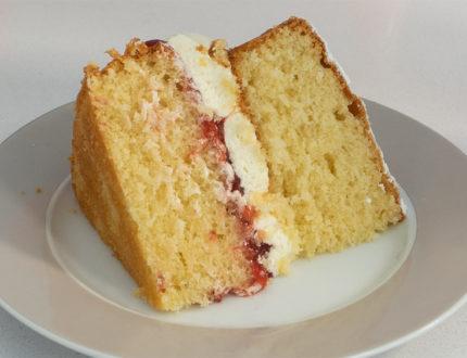 vanilla sponge slice