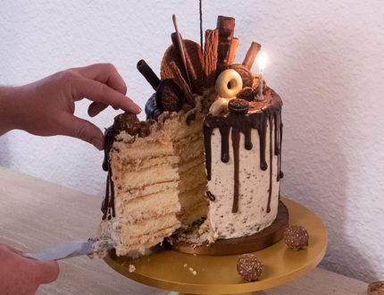 cookies & cream cake cut