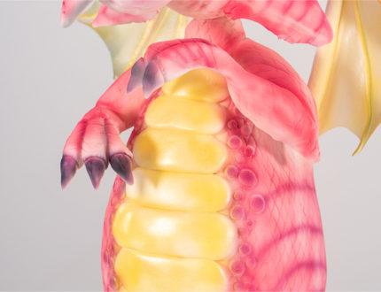 Standing dragon body